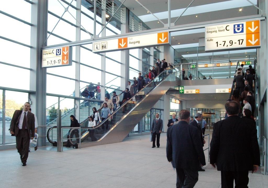 Messe Düsseldorf Übergang Halle 8